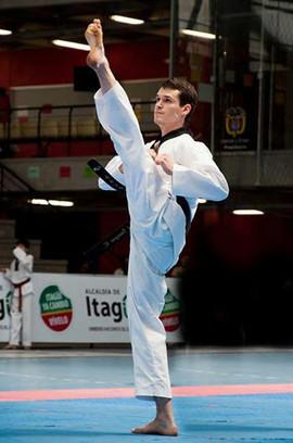 Daniel Vanegas Taekwondo.jpg
