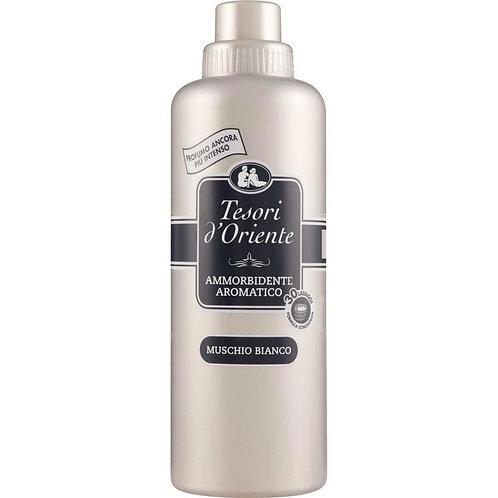 Balsam parfumat pentru rufe TESORI D`ORIENTE Muschio bianco 750 m / 30 spalari