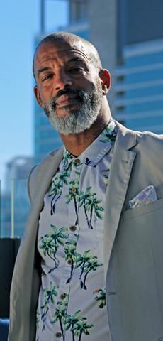 DJ Barry Thomas