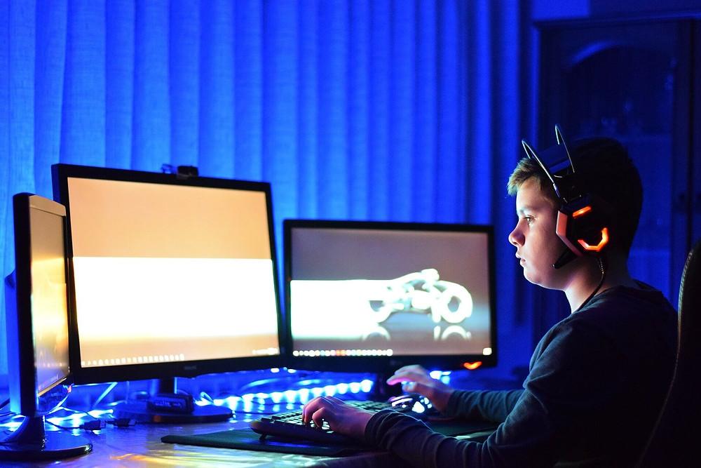 गेमिंग और मनोरंजन में अधिक व्यापक रूप से वृद्धि