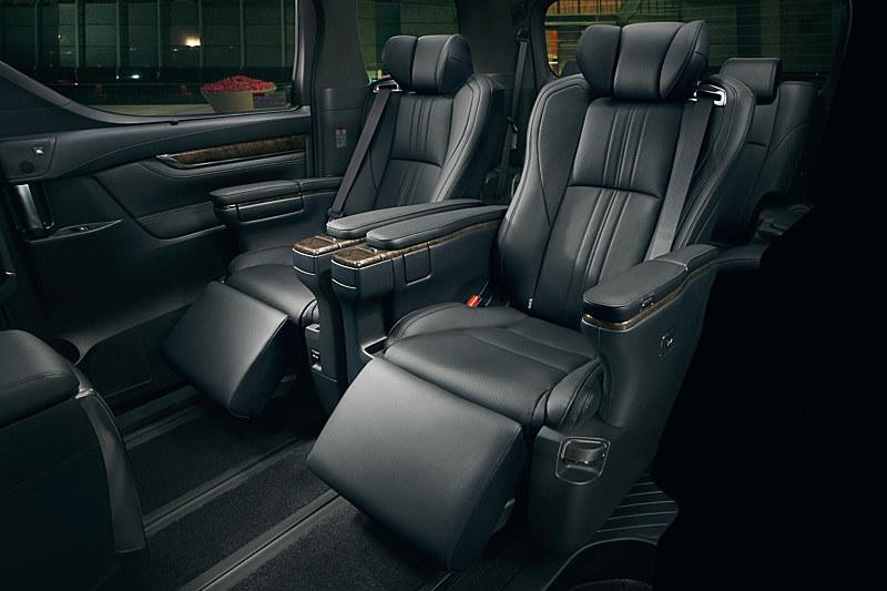 Toyota Alphard / Vellfire - Interior