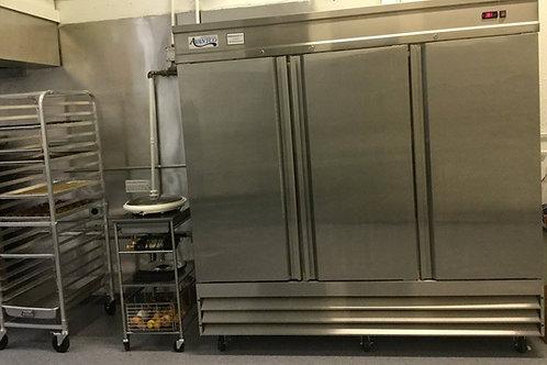 Monthly Kitchen Refrigeration Door with Lock