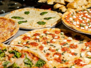 3 Steps to Throwing an Epic Pizza Party with Squisito