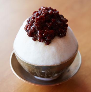 Red bean shaved ice bingsu dessert