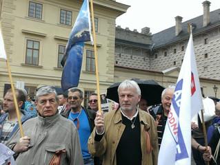 Pochod Nesmrtelný pluk v Praze
