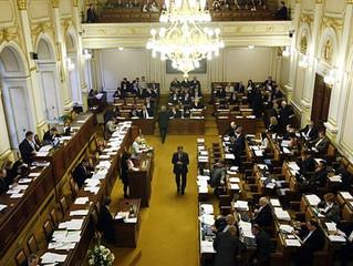 10 velkých hříchů českého parlamentu