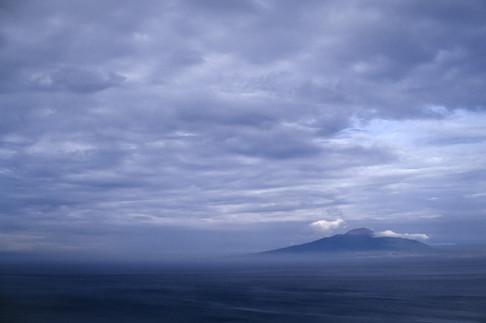 Il Vesuvio da Sorrento, Campania, 2002