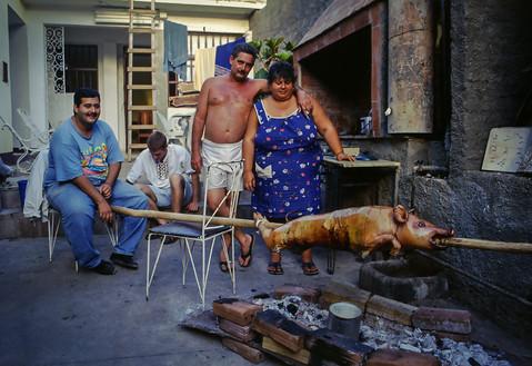 Joel Carlos Margarita Suarez Guerra e la sua famiglia, Trinidad, Cuba, 1999