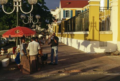 Pointe a Pitre, Guadalupa, 2001
