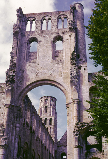 Jumieges, 1971