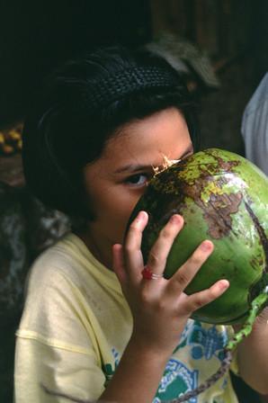 Acella, Filippine, 1998