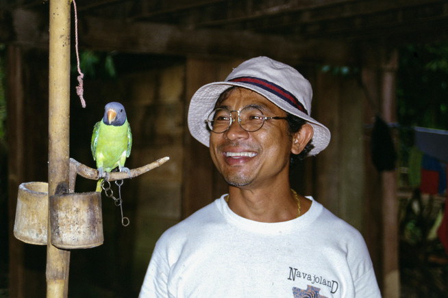 Sam, Tailandia, 2002