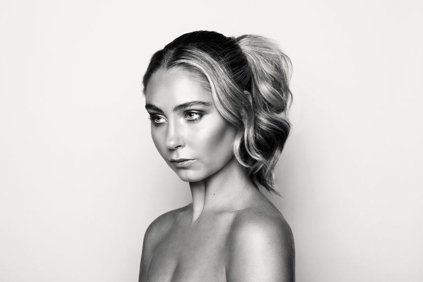 Makeup-HQ0861bnw_1.jpg