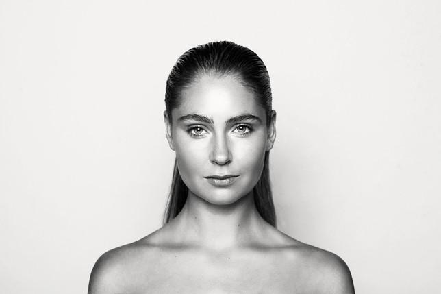 Makeup-HQ0602bnw_1.jpg