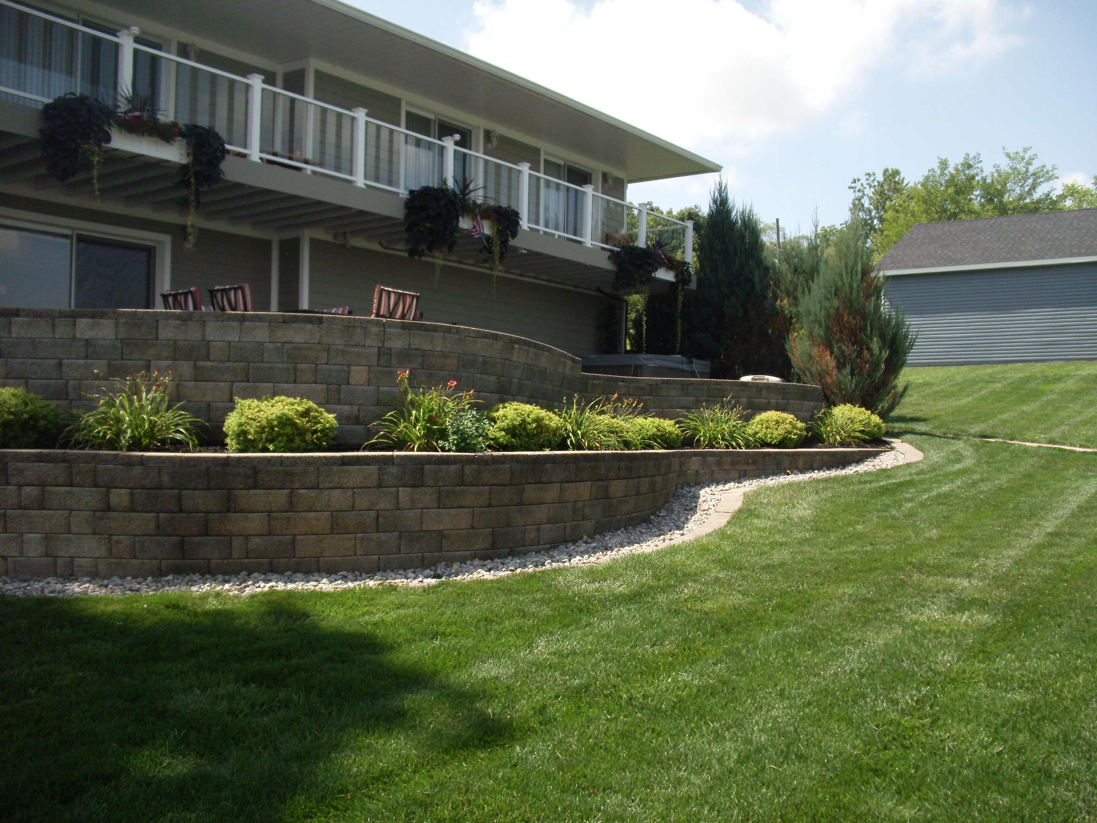 retaining wall - Belleville Lake
