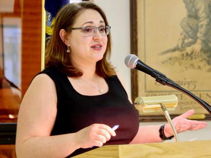 Kerith Strano Taylor Gives Inspirational Speech at Fall Dinner