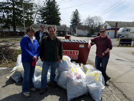 Earth Day Celebrated with Trash Clean Up