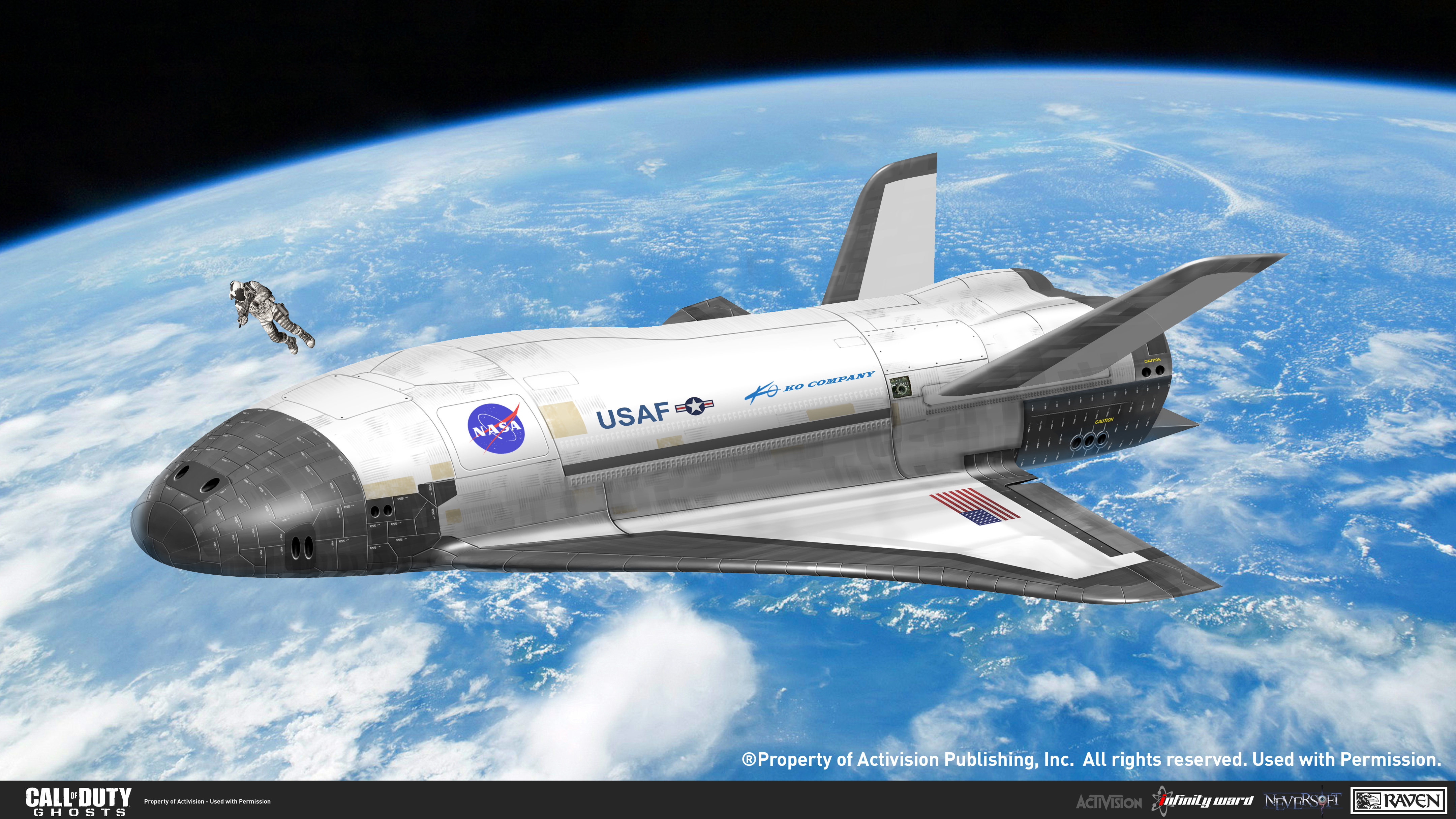 sko_03-25-13_space2_shuttle_02_final_front