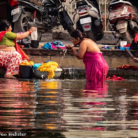 Udaipur Women Washing