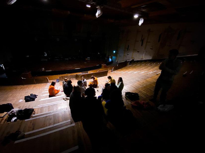 f*choir backstage at Earth
