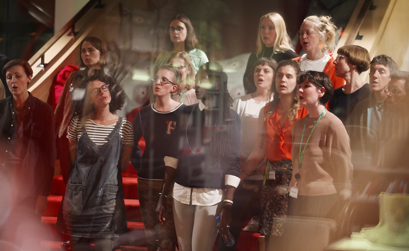 F_Choir sing at Daylighting festival