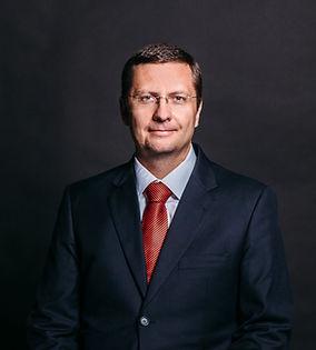 Лесников Пётр Анатольевич - кандидат юридических наук,таможенный юрист высшей квалификации