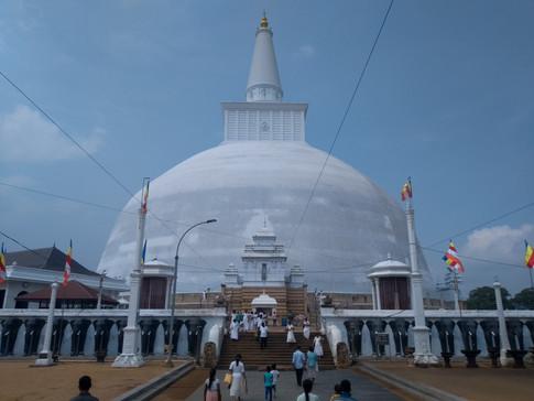 Ruwanweliseya (Rathnamali Maha Stupa)