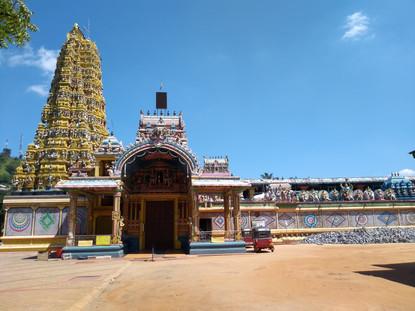 Sri Muthumariamman Thevasthanam - Hindi temple in Matale