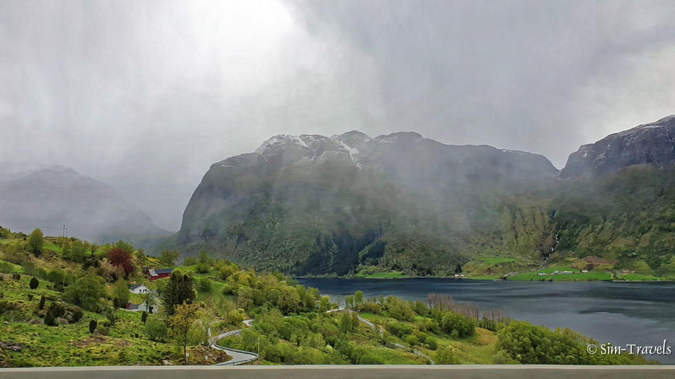 On the roads between Haugesund and DescriptionÅkrafjorden