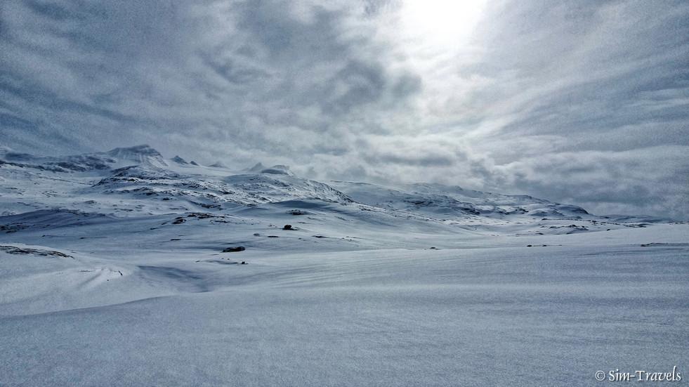Bøverdal valley all snowed over