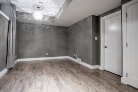 Garage Suite 2 - 2