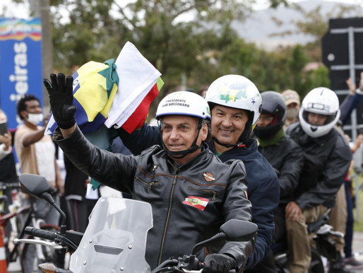 Mais de 40 mil motocicletas participam de motociata com Bolsonaro em Santa Catarina