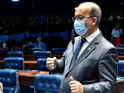 Vídeo: Jorginho Mello faz homenagem ao ex-senador Jaison Barreto