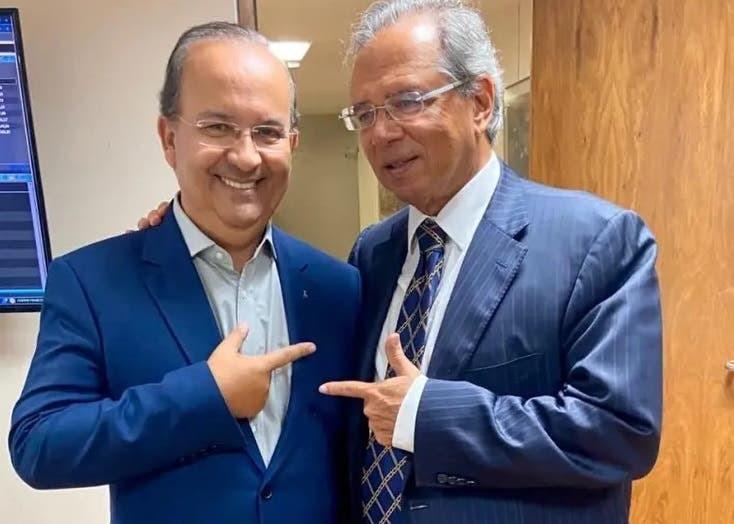 """Vídeo: """"Jorginho Mello vai ser o futuro governador do estado de SC"""" diz Paulo Guedes"""