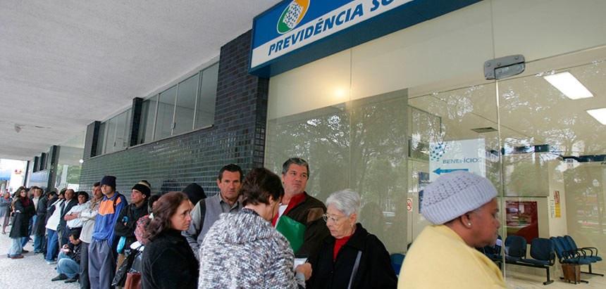Jorginho Mello apresenta projeto para facilitar prova de vida aos beneficiários do INSS