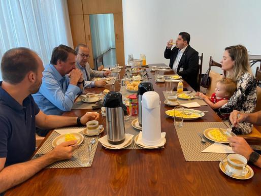 Jorginho Mello tem agenda com presidente Bolsonaro para tratar do caos do Covid-19 no Oeste de SC