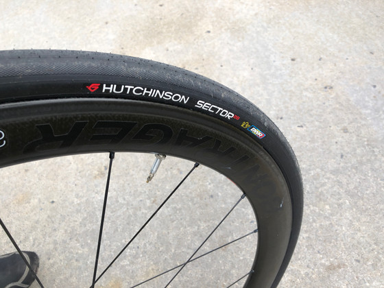 Hutchinson Sector 28s: Terrific Tubeless Tires