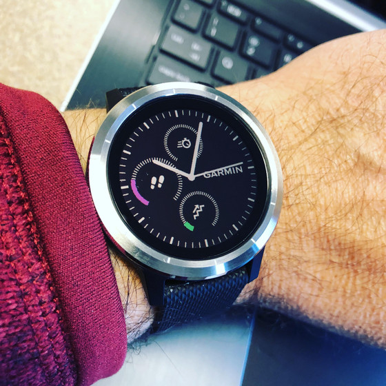 First Look: Garmin vivoactive 3