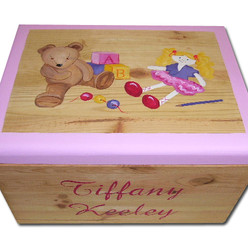 Personalised vintage toy box