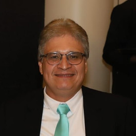 Dr. Celso Cezar