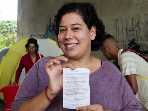 Luciana Letícia, a Poetisa das ruas