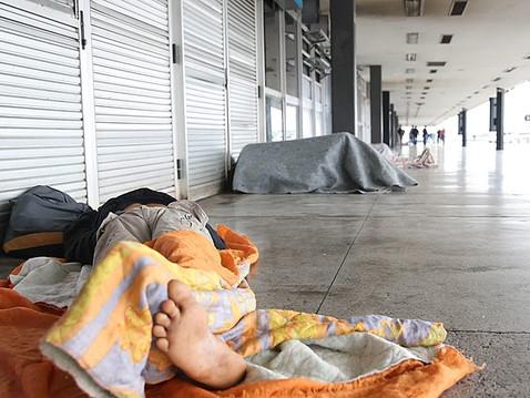 Como a população de rua é distribuída pelo Brasil?