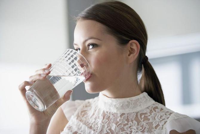 Waarom voldoende water drinken?