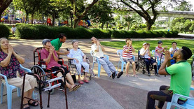 Secrets of physiotherapy group exercises for the elderly