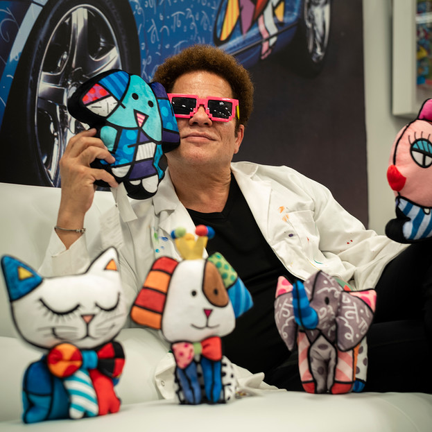 Romero Britto: Creating Music for the Eyes.
