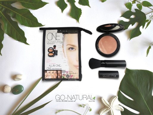 Go-Natural® The ALL-IN-ONE Cosmetic® Large Size Round 2 Level Compact Kit with Travel Pouch