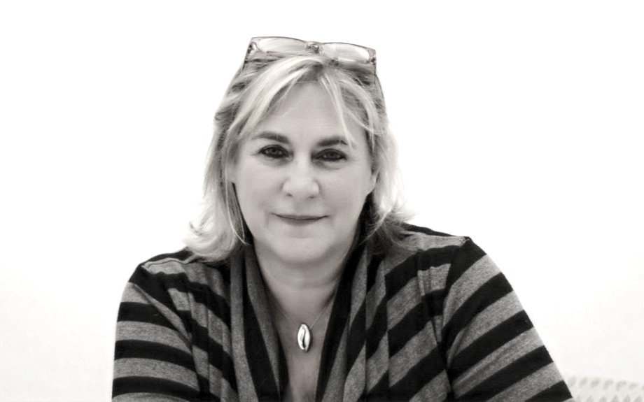 Laurie-1024x575_edited_edited.jpg