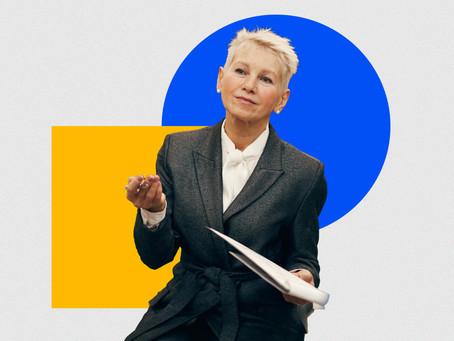 Como uma mulher pode impulsionar a carreira depois dos 50?