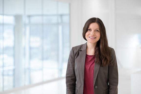 Dr. Mirjam Folger