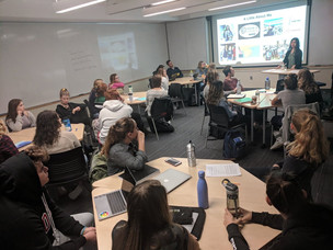Jamie Shum giving a guest lecture to strategic communication undergraduate students at Ithaca College.